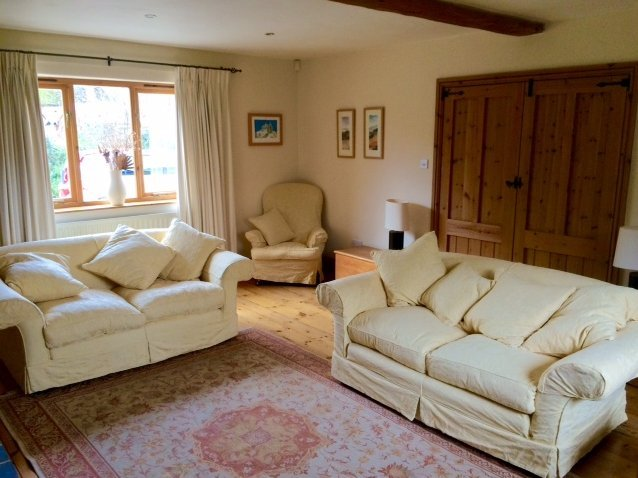 Replacement Natural Jacobean Flower covers on Tetrad Alicia Sofas & Annabel Chair