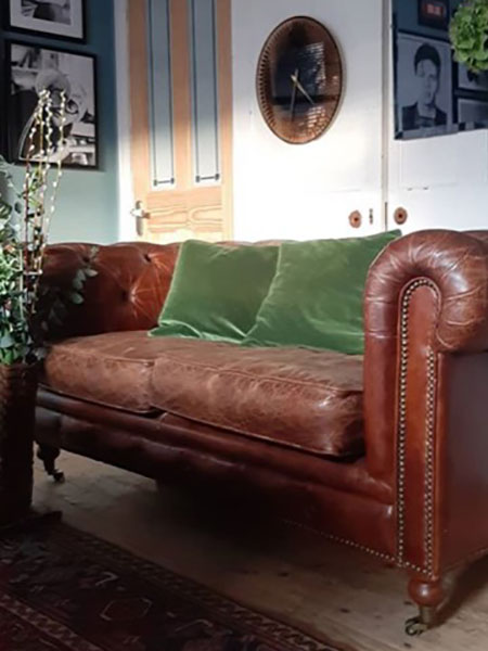 Classic Vintage Brown Leather 2 Seater Chesterfield Sofa