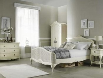 Willis & Gambier Ivory Bedroom Furniture