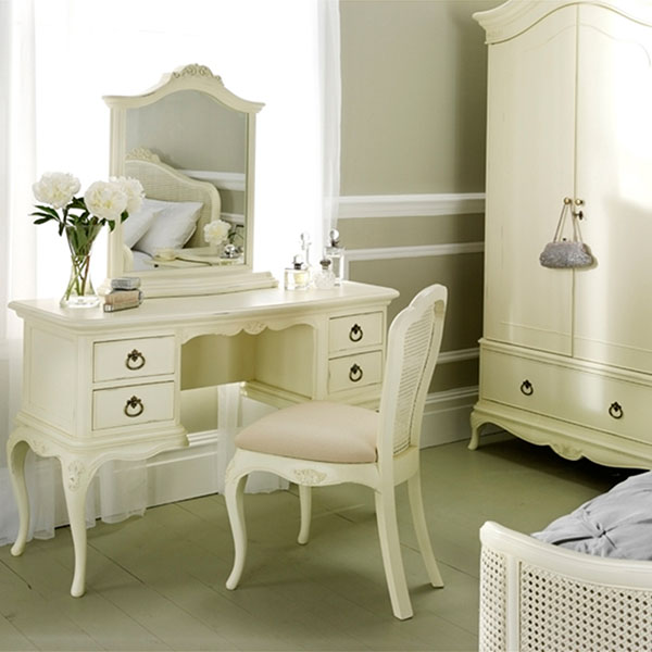 Willis and Gambier Ivory Dressing Table, Mirror and Bedside Chest